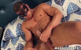 Video de punheta com homem gostoso pelado