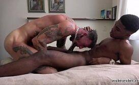 Xxx porno amador gay dando pro negão dotado